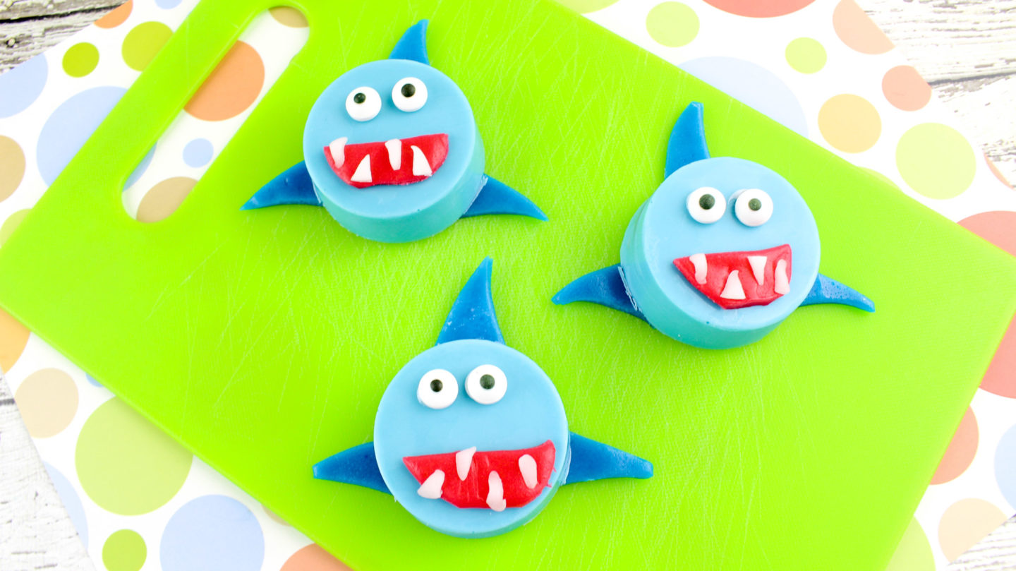 Shark Week: Oreo Cookie Sharks